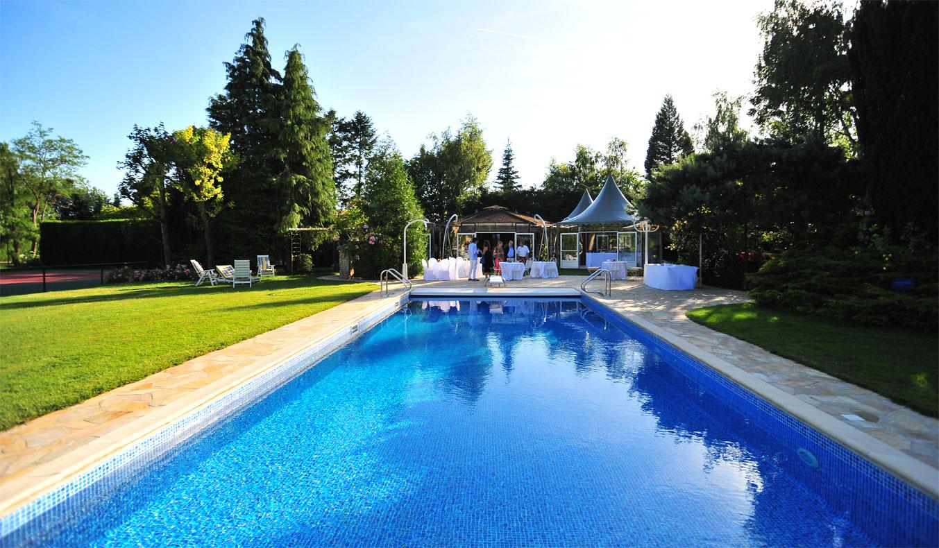 Salle de mariage avec piscine le mariage - Hotel avec piscine seine et marne ...
