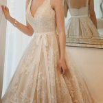 Robe de mariée beige