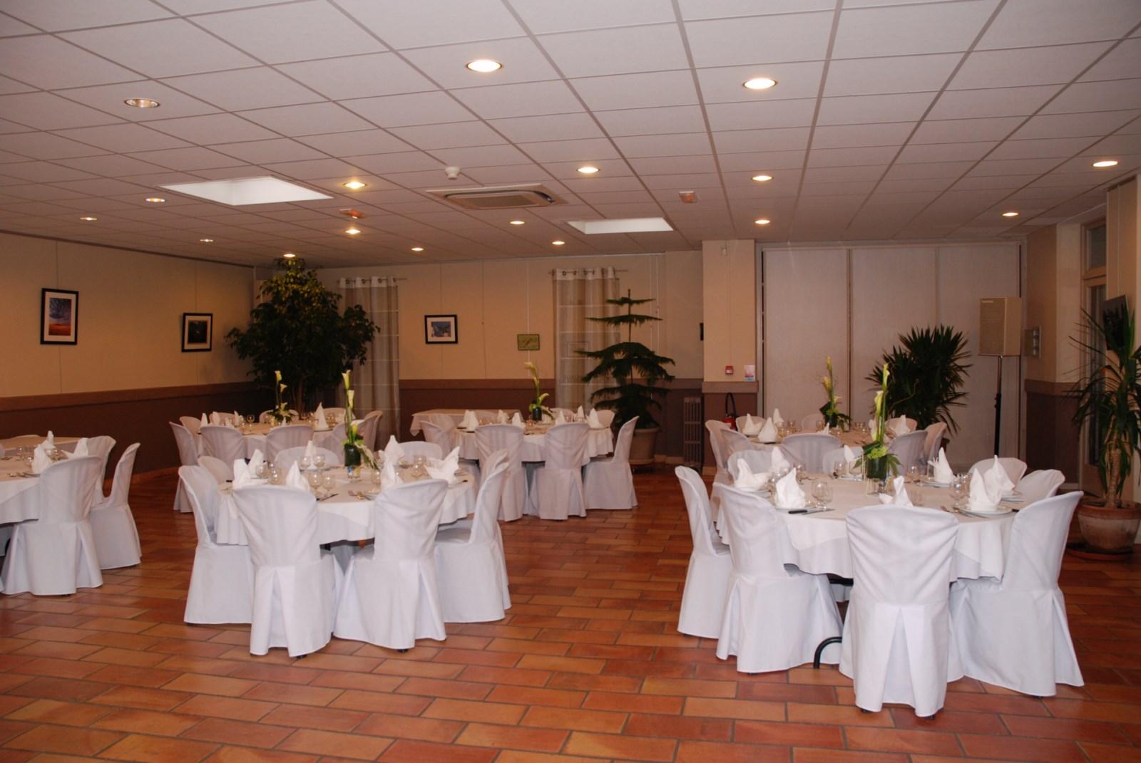Restaurant mariage le mariage for Accessoire de restaurant