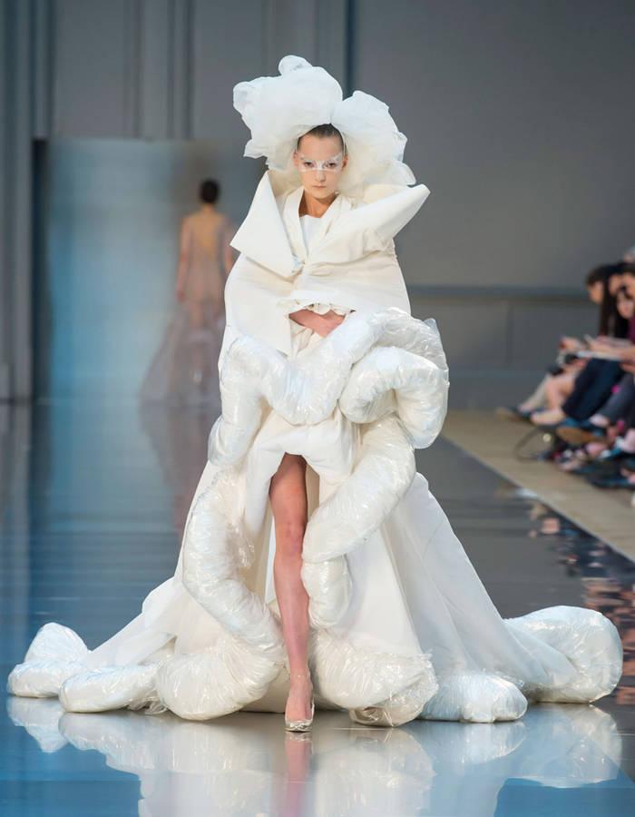 robe de mari e hiver 2016 le mariage. Black Bedroom Furniture Sets. Home Design Ideas
