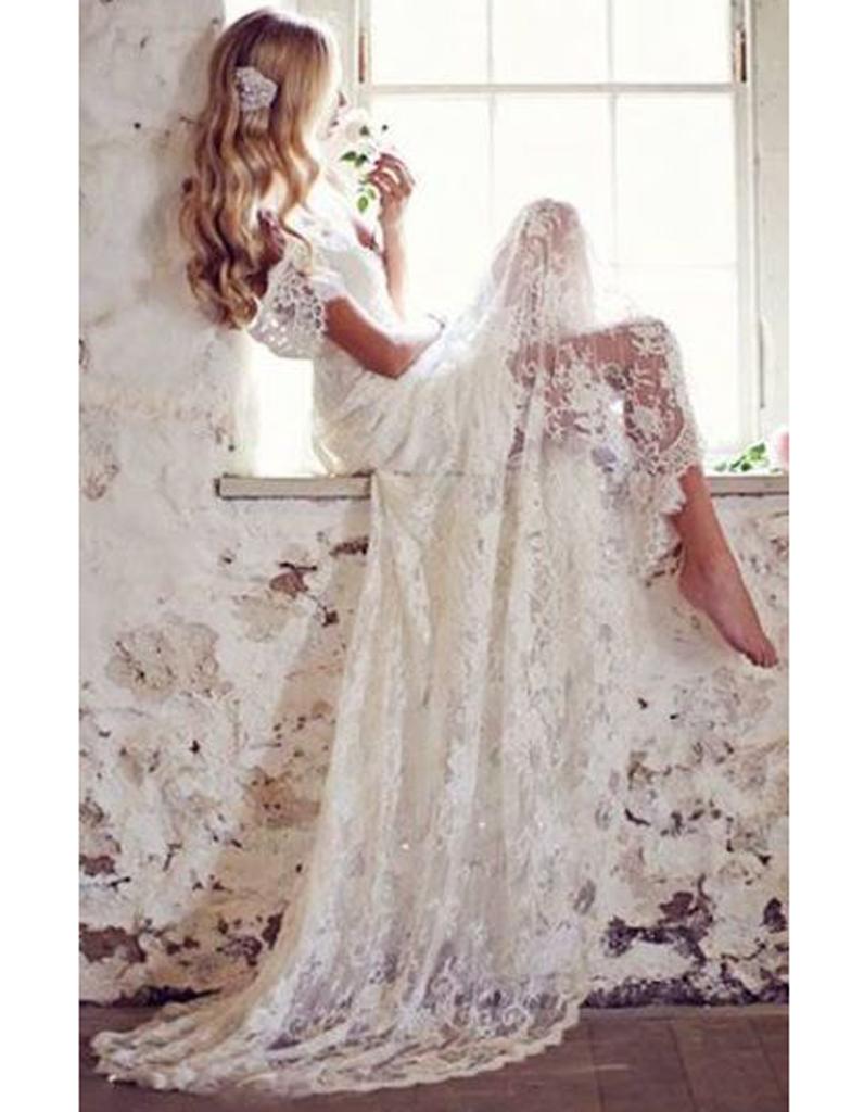 robe de mari e en dentelle le mariage. Black Bedroom Furniture Sets. Home Design Ideas