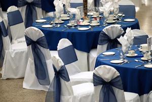 Mariage bleu marine et blanc for Deco bleu marine et blanc