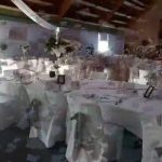 Decoration salle de mariage blanc et argent