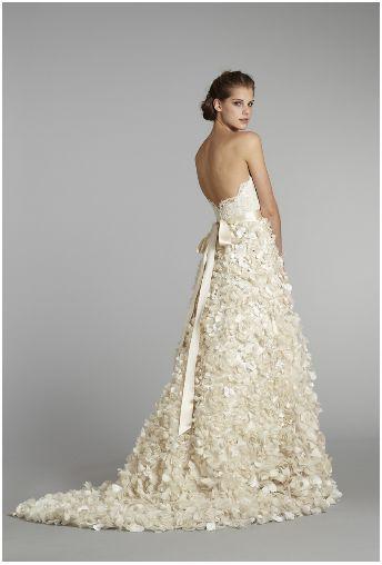cb113d6d89b Catalogue de robe de mariée gratuit - Le mariage