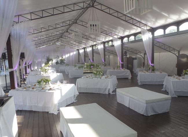 salle de mariage 45 le mariage. Black Bedroom Furniture Sets. Home Design Ideas