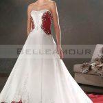 Robe mariée rouge et blanche