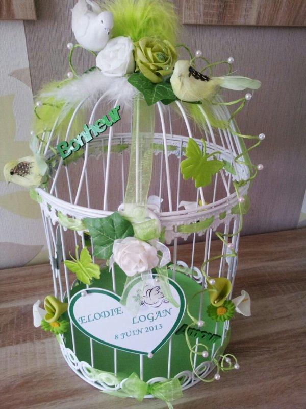 urne mariage cage oiseau le mariage. Black Bedroom Furniture Sets. Home Design Ideas