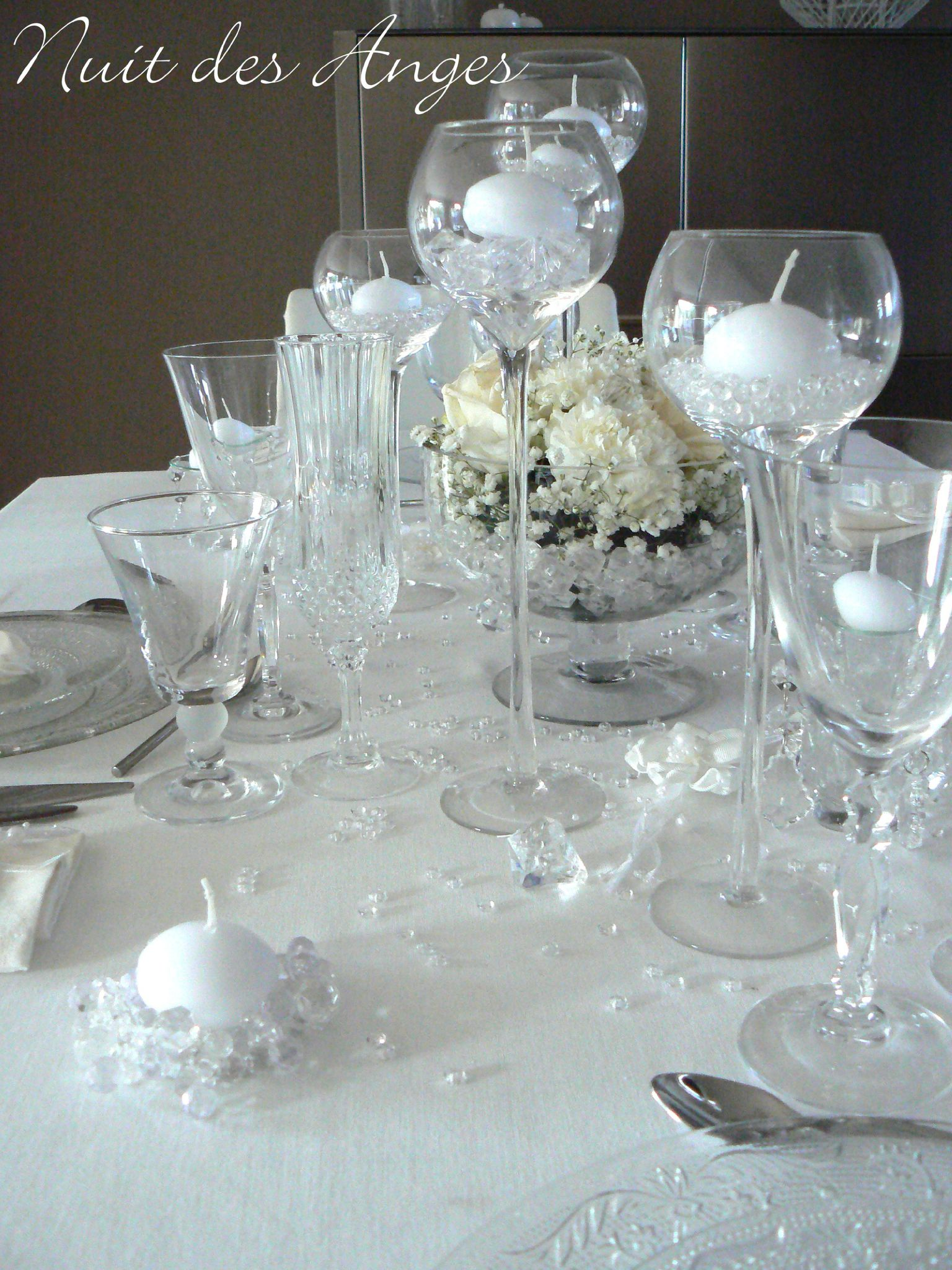 deco table mariage blanc le mariage. Black Bedroom Furniture Sets. Home Design Ideas