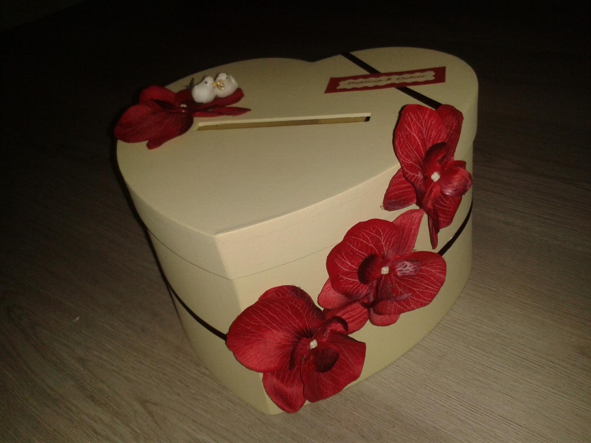 Urne anniversaire originale fashion designs - Urne mariage originale ...