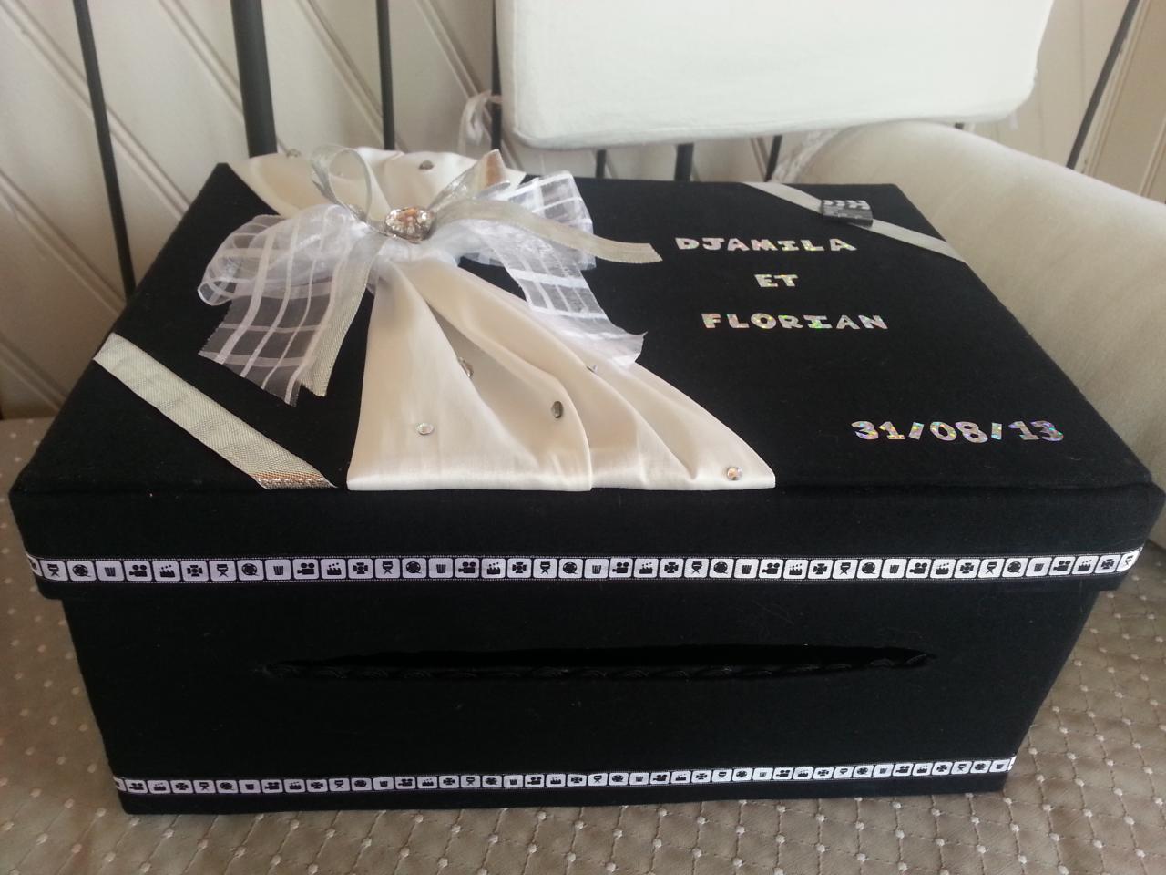 boite mariage en carton le mariage. Black Bedroom Furniture Sets. Home Design Ideas
