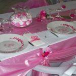 Deco salle mariage rose et blanc